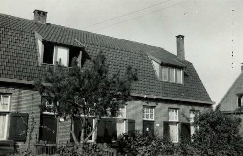 de woning zonder verhoging omstreeks 1931